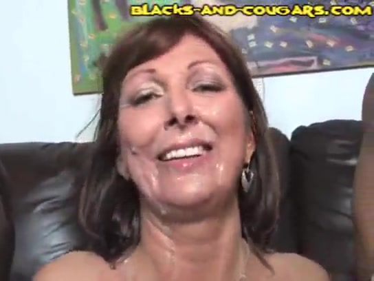 Mature white cuckold wife gets dirty black facial